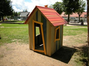 H2 Otroška hišica Robin