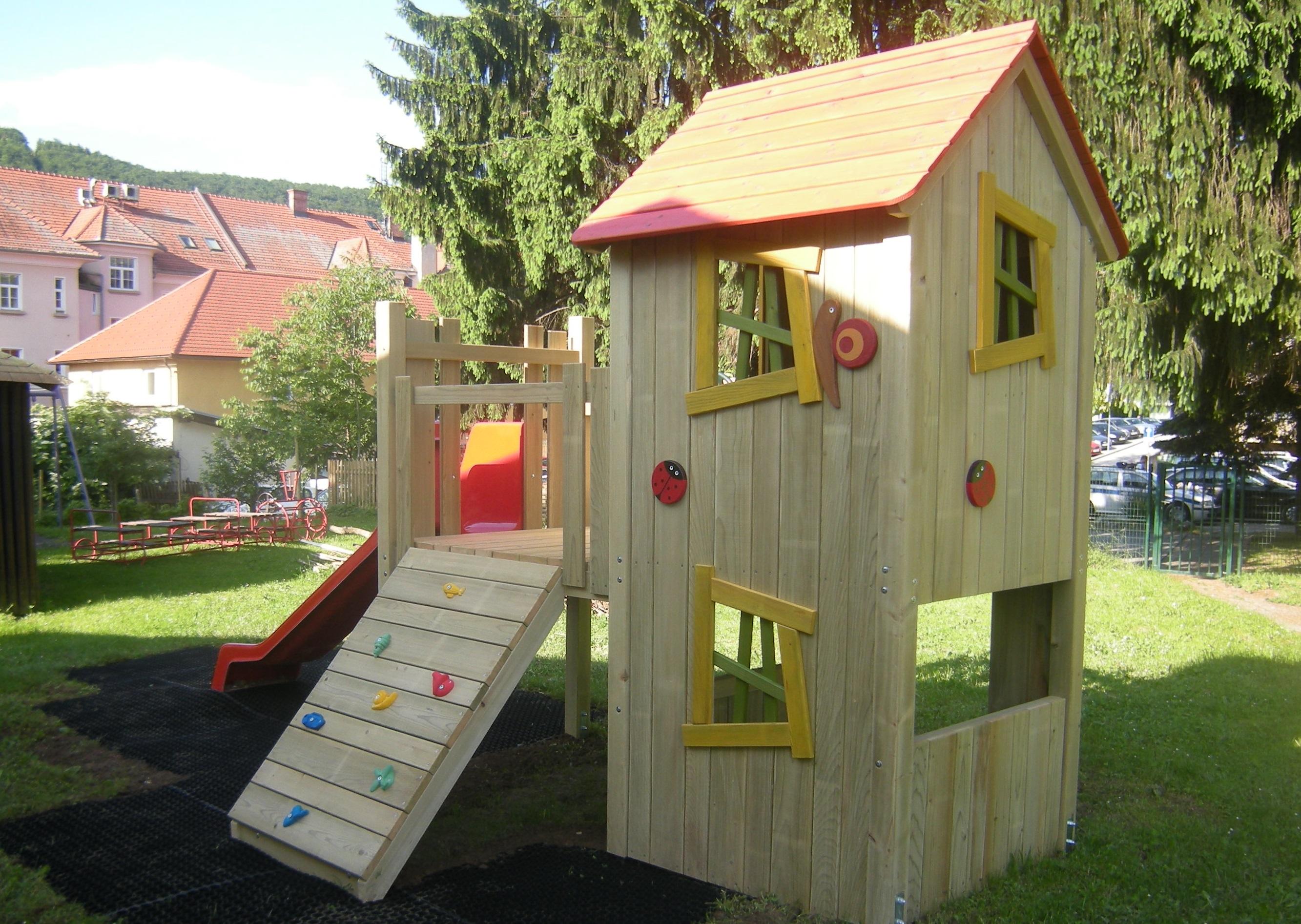 S6 igralni stolp s dvojno hiško ROBI